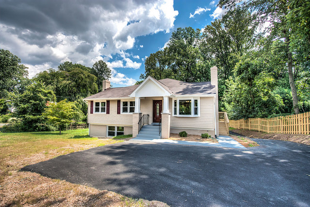 3301 Jermantown Road in Fairfax, VA- offered at $699,000